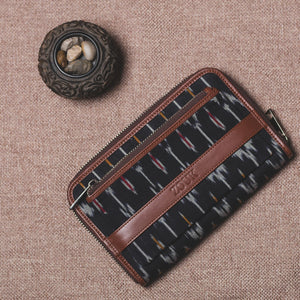 Classic Zipper Wallet - Ikat Black Multi Maze