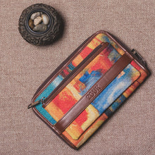 Load image into Gallery viewer, Classic Zipper Wallet - Abstract Amaze