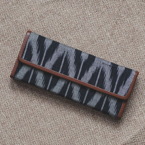 Ikat Grey Black Animal Print - Foldaway Eyewear Sunglasses Case