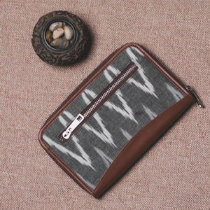 Ikat Grey MultiWave Chain Wallet