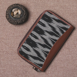 Ikat Grey Black Animal Print Chain Wallet