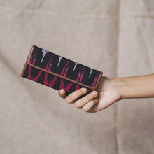 Load image into Gallery viewer, Ikat MaroWave - Foldaway Eyewear Sunglasses Case