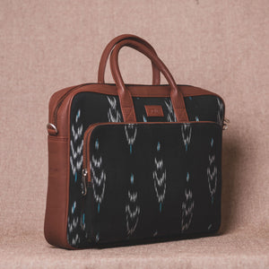 Zouk Ikat Peacock Feather Laptop Bag