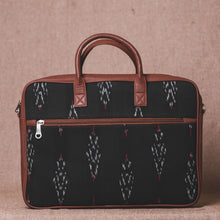 Load image into Gallery viewer, Ikat Red Feather Laptop Bag