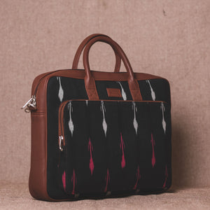 Ikat RedWhite Arrow Laptop Bag