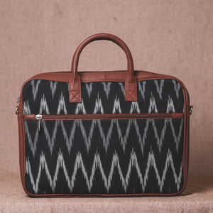 Ikat Black ZigZag Laptop Bag