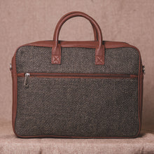 Load image into Gallery viewer, Bristel Laptop Bag - Back