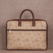 Load image into Gallery viewer, Daisybush Laptop Bag - back