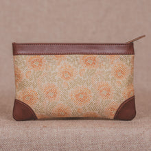 Load image into Gallery viewer, Daisybush Multipurpose Pouch