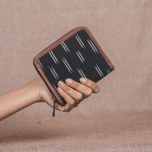 Zouk Women's Wallet - Ikat Black Dash
