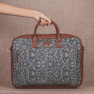 Lattice Lace Laptop Bag - with handle