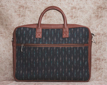Ikat MultiStrip Laptop Bag
