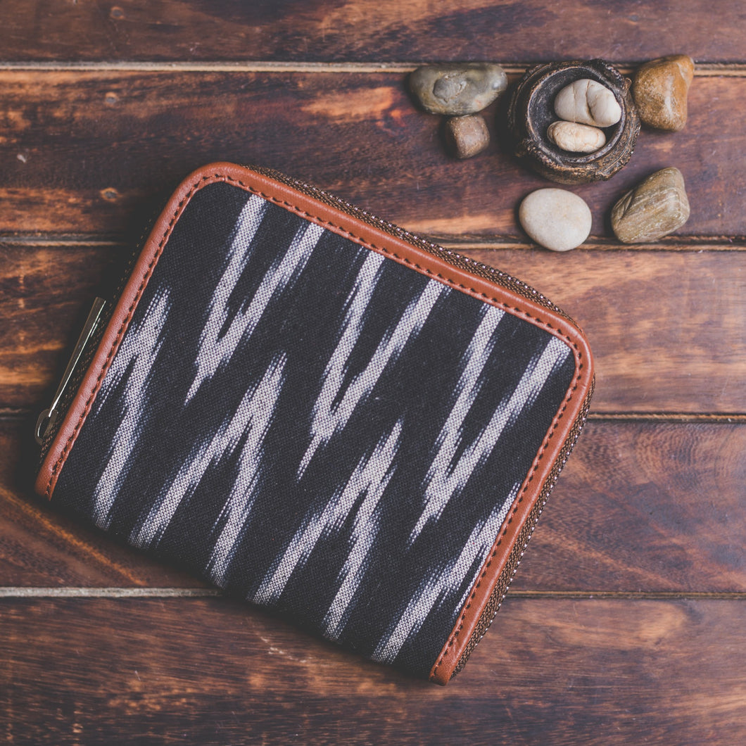 Zouk Women's Wallet - Ikat Wave