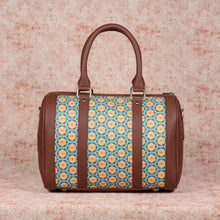 Load image into Gallery viewer, Honeycomb Summer Handbag