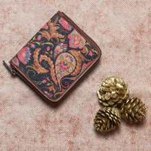 Load image into Gallery viewer, Paisley Print Women's Mini Wallet