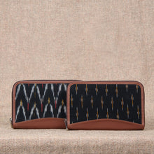 Load image into Gallery viewer, Ikat African Wave & Ikat GreRe - Chain Wallet Combo