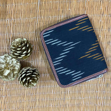 Load image into Gallery viewer, Ikat Brown Wave Women's Mini Wallet