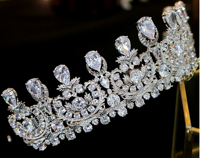 The Superb CZ Tiara - Silver or Gold