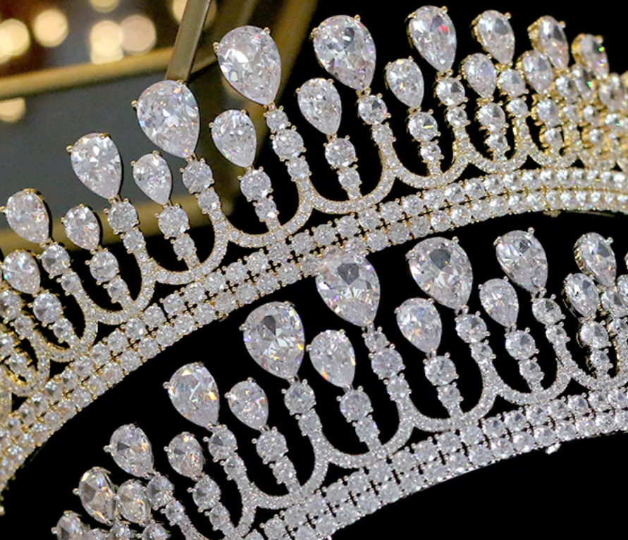 The Lady's CZ Tiara - Silver or Gold