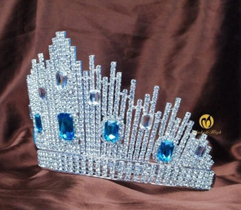 Miss Universe DIC Crown