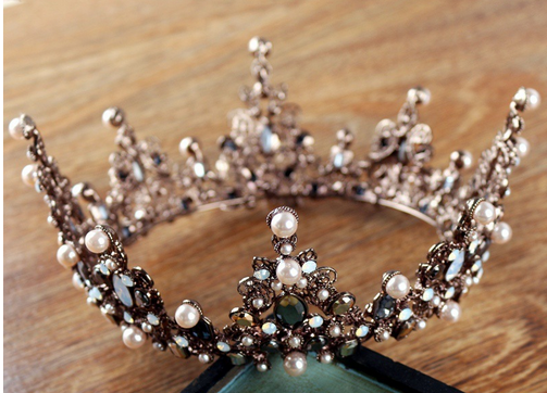 Vintage Luxury Crown