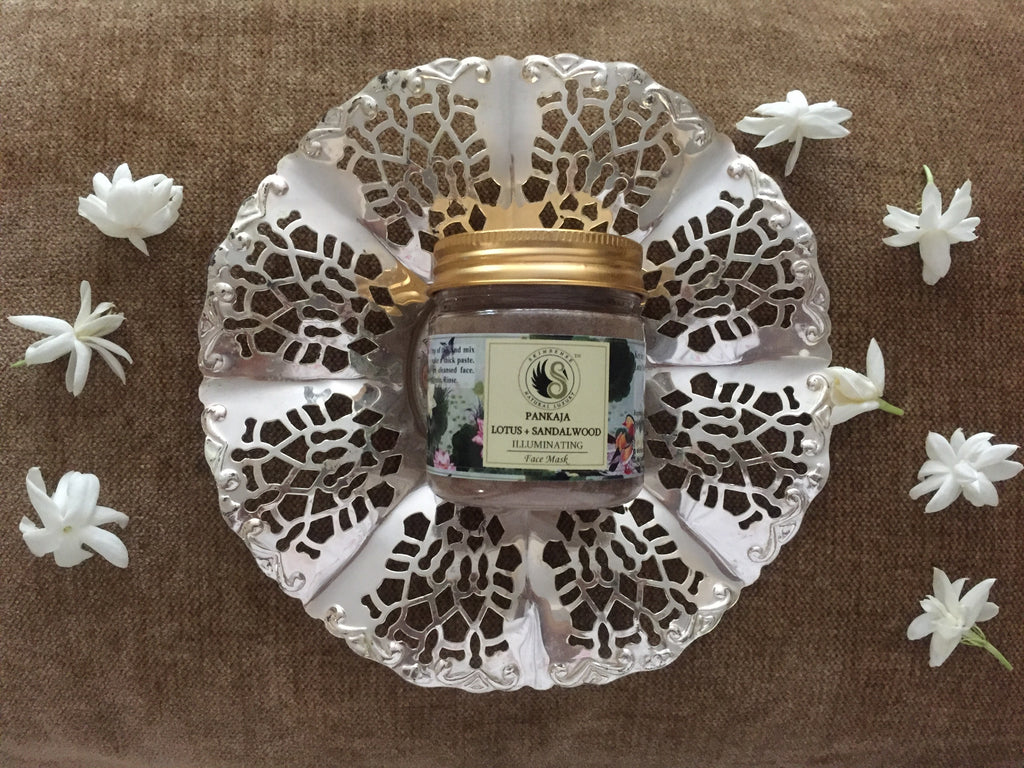 pankaja - lotus and sandalwood face pack