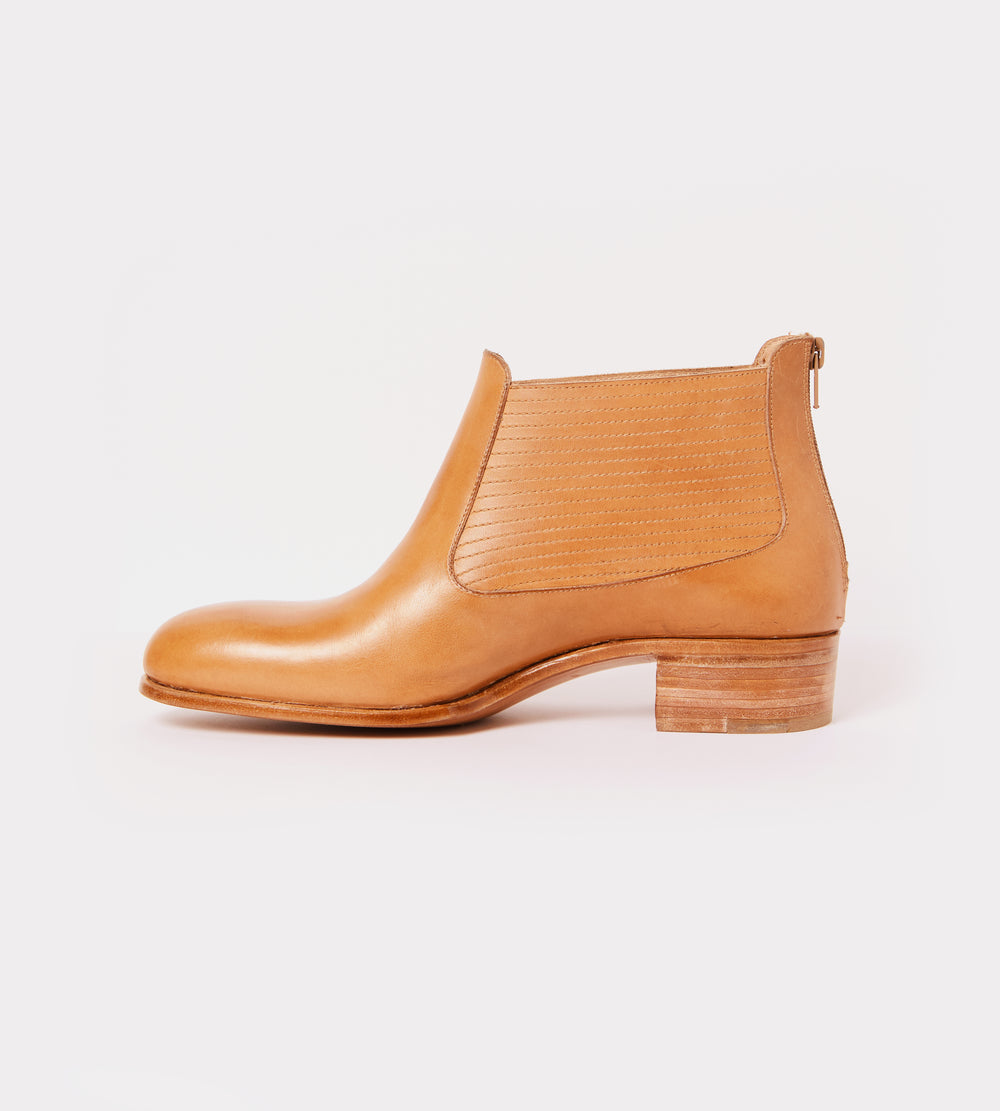 Natural leather back zip ankle boot inside view