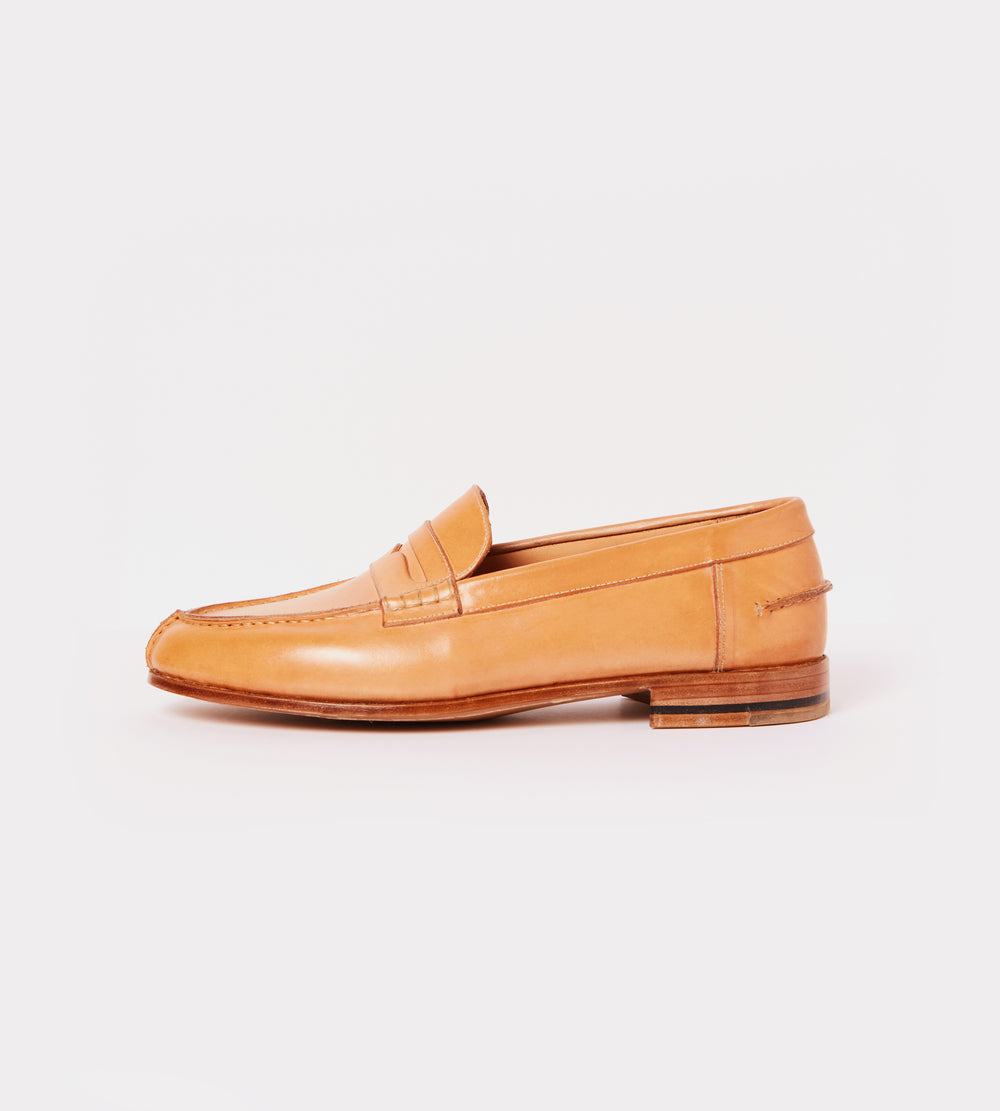 Natural calf leather moccasin outside view