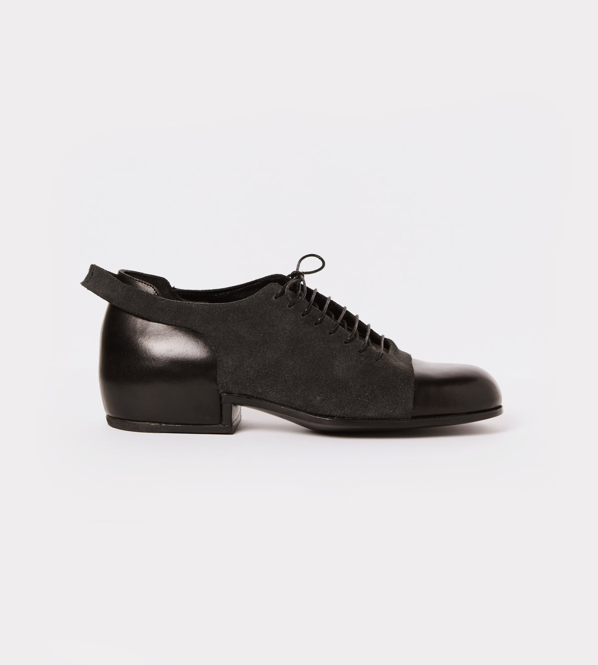 Black leather-suede lace up shoe outside view
