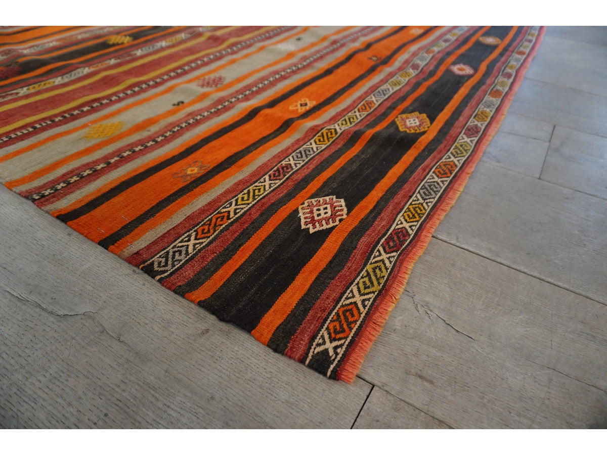 Sivas Kilim Rug - Rugs of Petworth