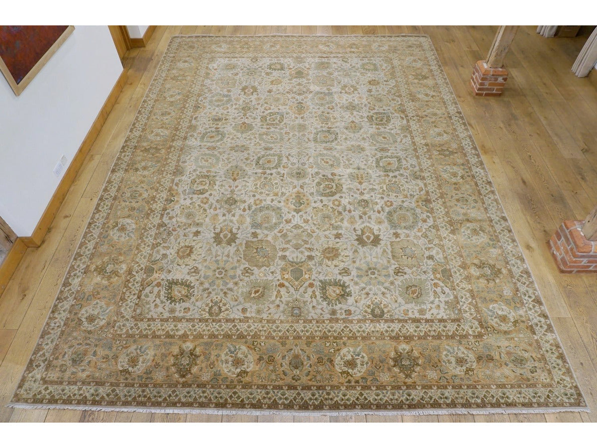 Fine Bhadohi Carpet - Rugs of Petworth