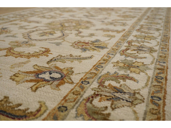 Classic Agra Runner - Rugs of Petworth