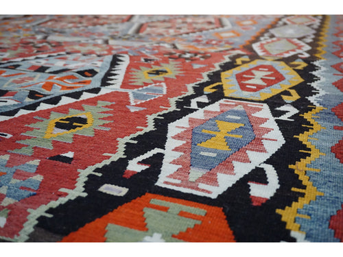 Esme Kilim Carpet - Rugs of Petworth