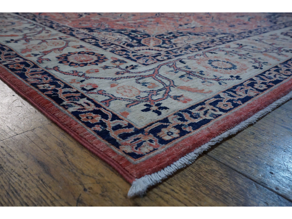 Fine Sultanabad Rug - Rugs of Petworth