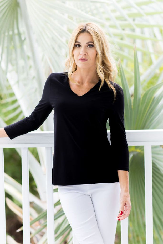 V-Neck Solid Black