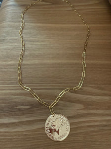 Long Coin Necklace. Tataita. RD$ 1260.