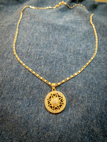 Round Necklace with Hearts. Tataita. RD$ 1166.