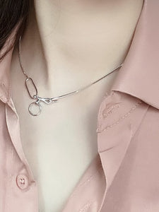 Silver Geometric Chocker Necklace. Tataita. RD$ 1380.6.