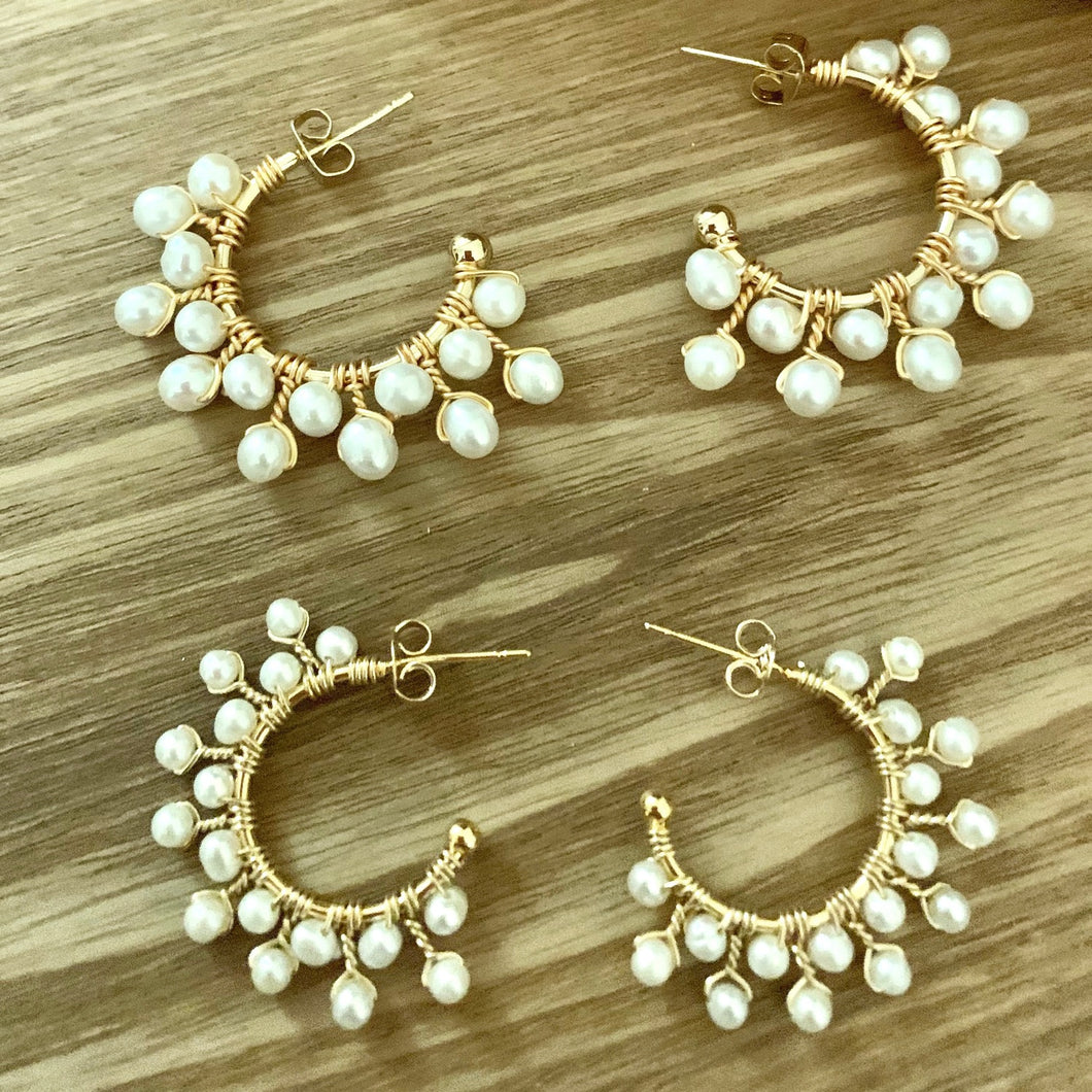 Pearl Medium Hoops. Tataita. RD$ 1350.