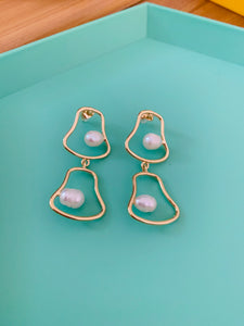 Geometric Pearl Long Errings. Tataita. RD$ 825.