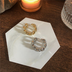 Adjustable Size Ring in Gold and Silver Tone. Tataita. RD$ 1000.