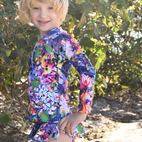 Lily Surfer Leg Back Zip
