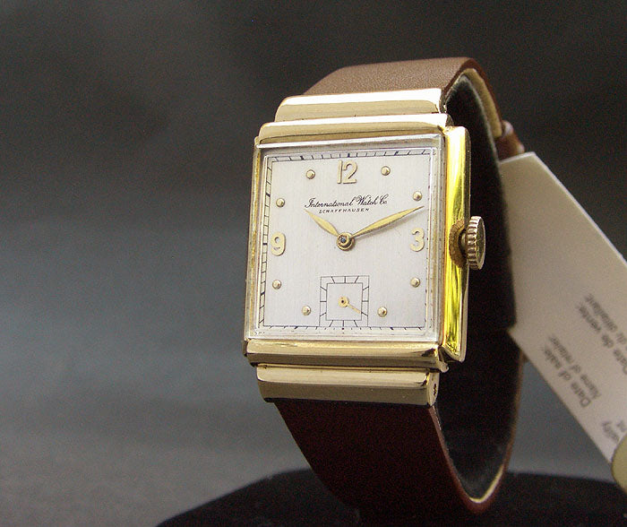1948 IWC Schaffhausen 14K Gold Vintage Gents Watch