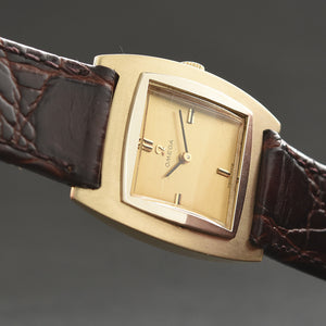 1967 OMEGA Gents 14K Gold Vintage Dress Watch D6734