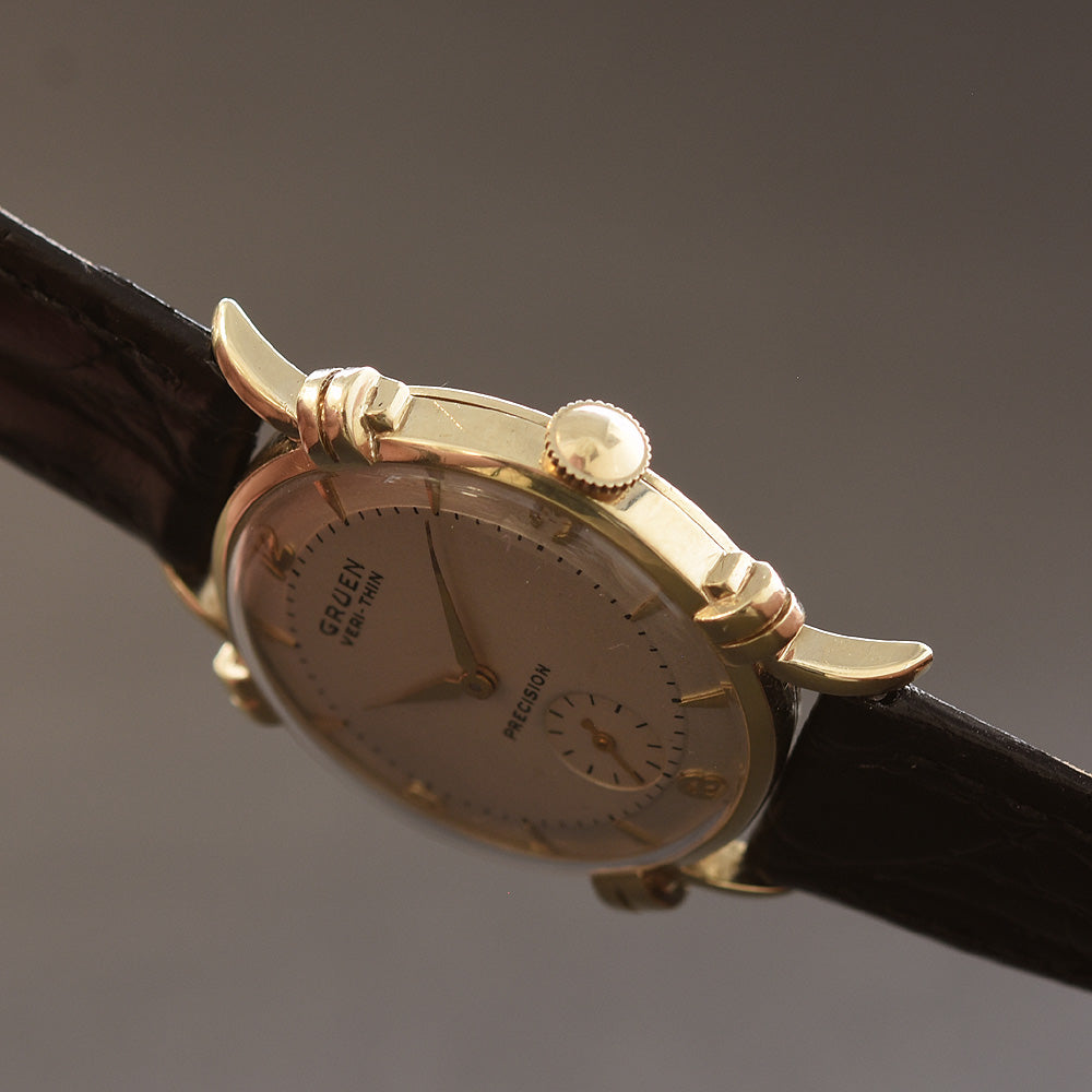 1950 GRUEN Veri-Thin 'Knotted Lugs' 14K Gold Gents Dress Watch
