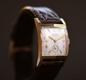 1950 GRUEN Curvex 'Lord' Gents Dress Watch
