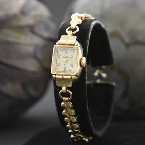 1947 ELGIN DeLuxe USA Ladies Classic Cocktail Watch