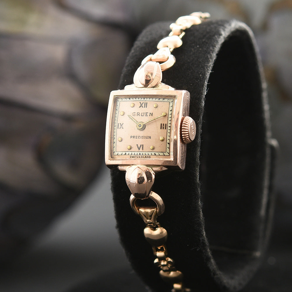 1944 GRUEN 14K Gold Swiss Ladies Cocktail Watch 520-290