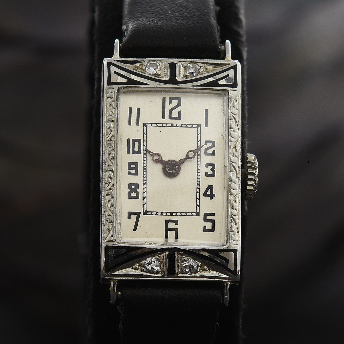 20s MODERN Ladies Art Deco 18K Gold/Enamel Watch