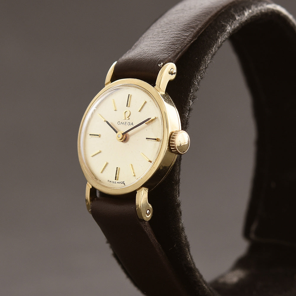1969 OMEGA Ladies 14K Gold Cocktail Watch D-5726